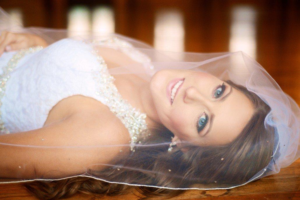 Sexy Bridal Portrait Ideas